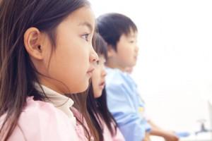 幼稚園女児の横顔